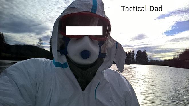 Das ist der Tactical-Dad. Auf dem Foto werde ich gerne von den Kindern Eisbär genannt.