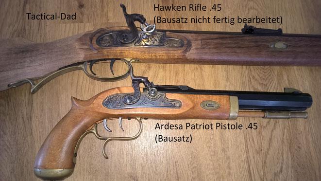 zwei sehr weit verbreitete Repliken: Hawken Rifle und Patriot Pistole in .45. Bei habe ich als Bausatz gekauft.
