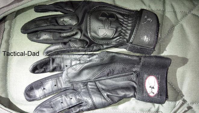 Nach einigen Jahren sehen meine Under Armour Einsatzhandschuhe nun so aus und es wird zeit sie im Müll zu entsorgen. Blut, Schweiss und Tränen haben sie regelmäßig gesehen...