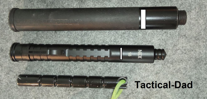 Größenvergleich zwischen dem Bonowi EKA Teleskopschlagstock oben (auch bei vielen Behörden im Einsatz), dem Nexlock Walker 16 Teleskopschlagstock in der Mitte und einem Kubotan (unten).