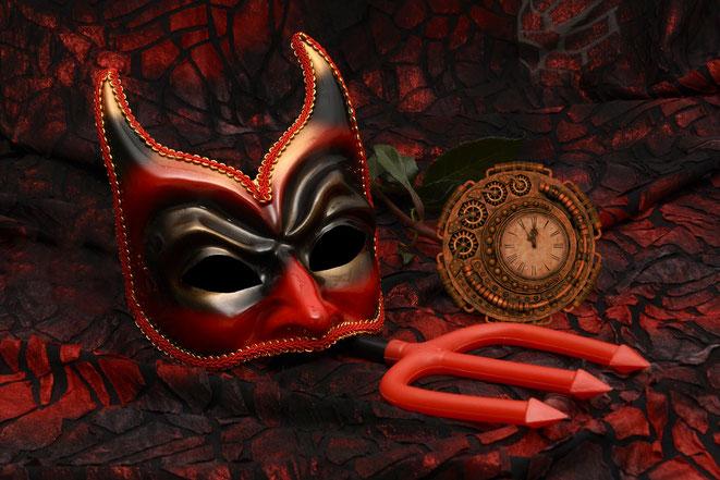 悪魔とタイムマシンイメージ