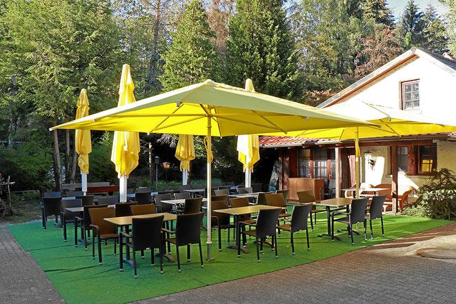 Gartenwirtschaft und Biergarten beim Fährhaus Waldshut-Tiengen