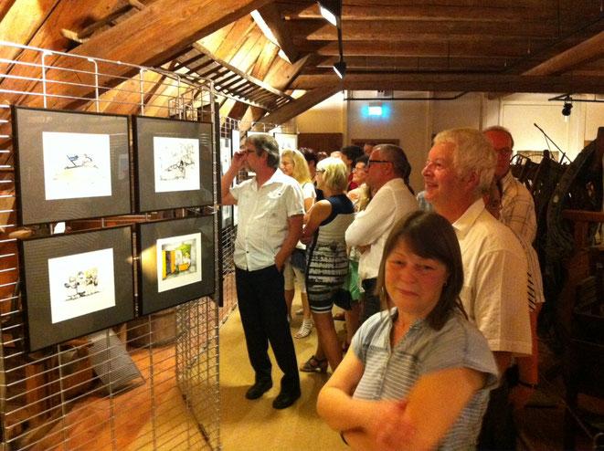 """Sommerausstellung """"Frau! Macht! Mann!"""" auf Burg Stolpen, im Dachboden der Kornkammer"""