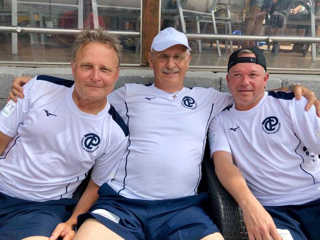 Erfolgreiche Meisterschaftspremiere der He 45+ 2: Franz Preisinger (Mannschaftsführer), Hans Unger und Werner Reichl