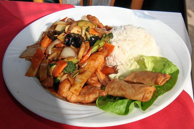 Asiatisches Menü