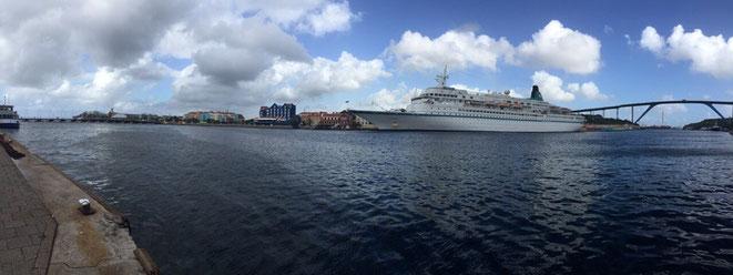 Hafen von Curacao