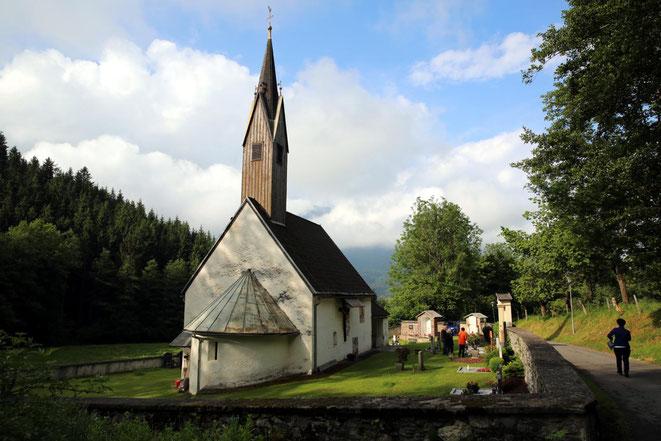 die Festmesse wurde in der romantischen Lengholzer Kirche gefeiert