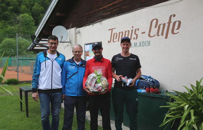 von li: Obmann M. Gaspersic - 2. Platz E. Huber - Sieger R. Gramer - 3. Platz St. Huber
