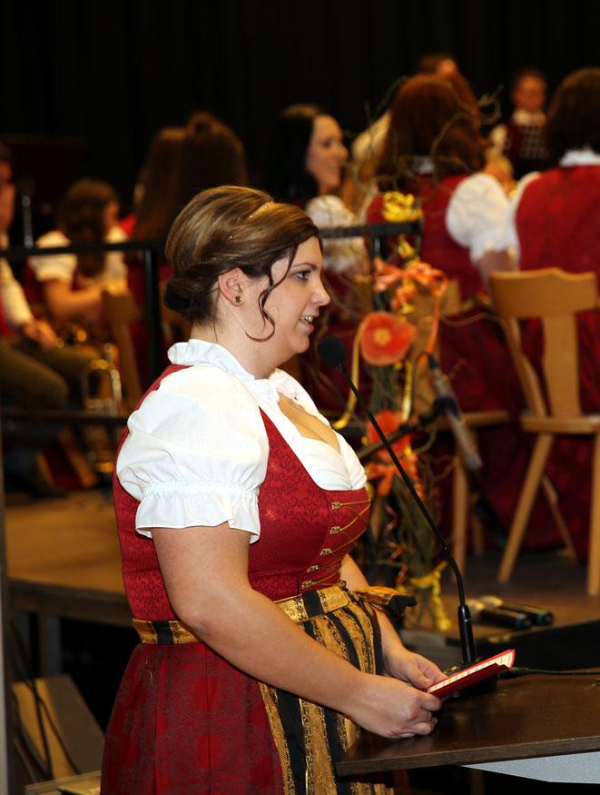 Lisa Linder begleitete das Publikum bei der Reise zu den Sternen