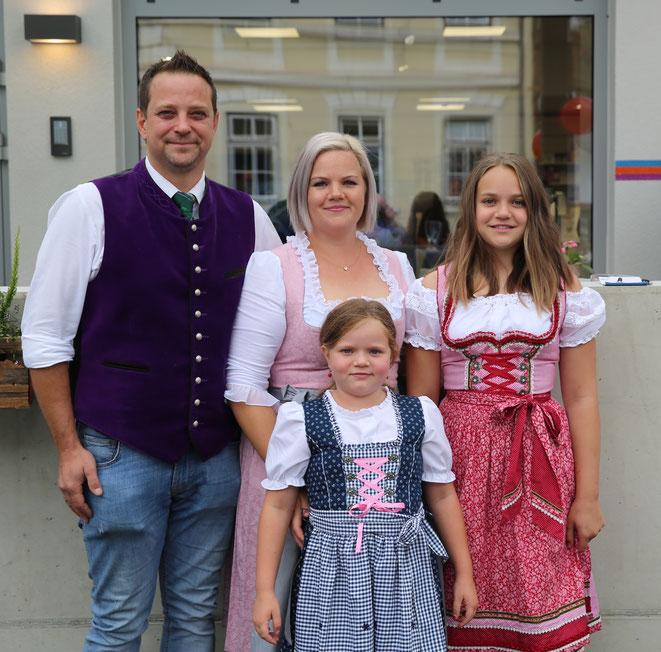 Geschäftsführer Peter Kolbitsch mit Familie