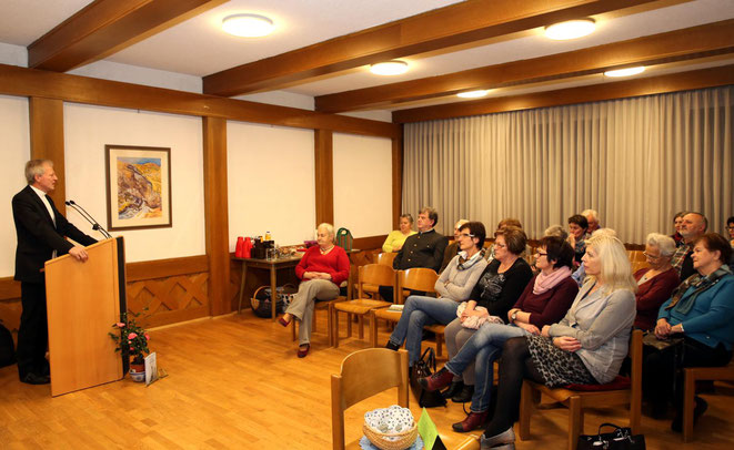 Generalvikar Dr. Engelbert Guggenberger hielt einen interessanten Vortrag