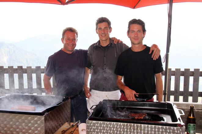 das Grillteam sorgte für ausgezeichnete Kulinarik