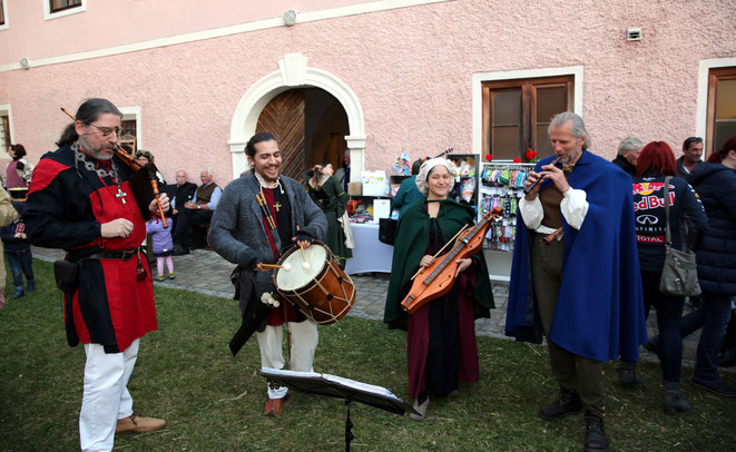 """die Gruppe """"Harmonia variabilis"""" von der Uni Salzburg bot """"Alte Musik"""" vom Feinsten"""