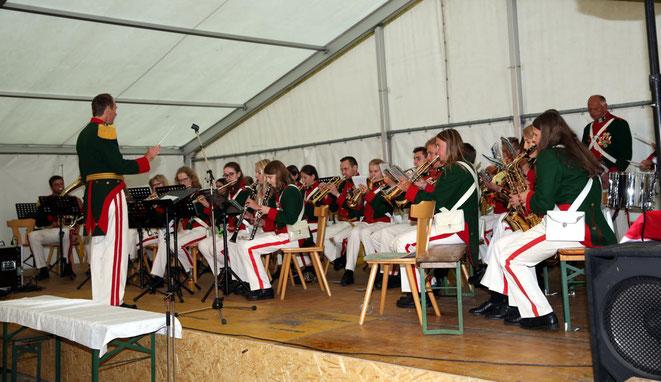 u.a. spielte auch die Schützenkapelle Metnitz auf
