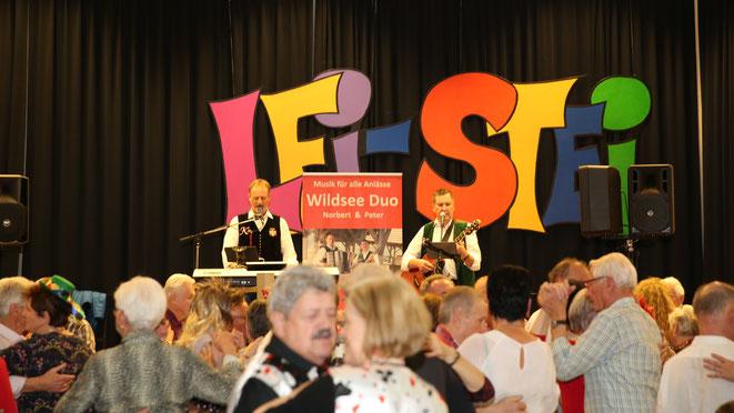 das Wildsee-Duo füllte die Tanzfläche mit ihrer Stimmungsmusik