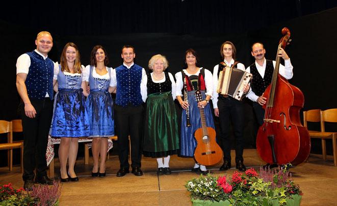 das Quartett 4TISSIMO und die Familienmusik Lippauer (re) begeisterten das Publikum