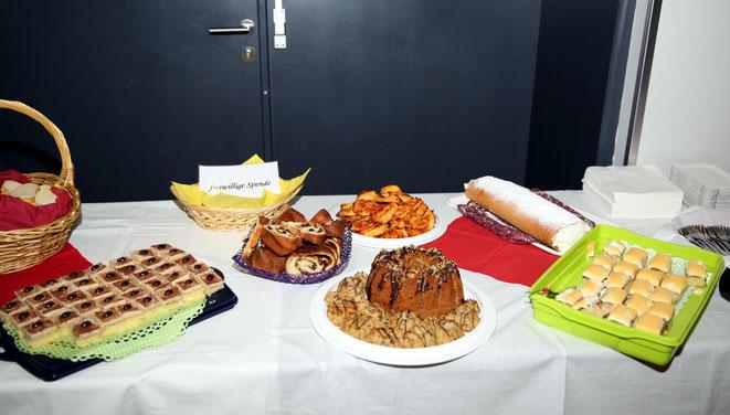 herrliche Kuchen waren auch ein Teil des köstlichen Buffets