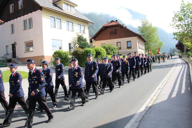 Abordnungen der Feuerwehren Radlach, Gerlamoos u. Steinfeld nahmen teil