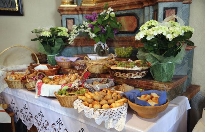 die Gaben, die von den Tischmüttern bzw. Eltern gespendet wurden
