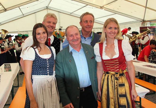 von li: LAbg. Christine Patterer - Bezirkskapellmeister Rudi Truskaller - Vzbgm. Josef Lerchster - LAbg. Ferdinand Hueter - Obfrau Alexandra Mandler