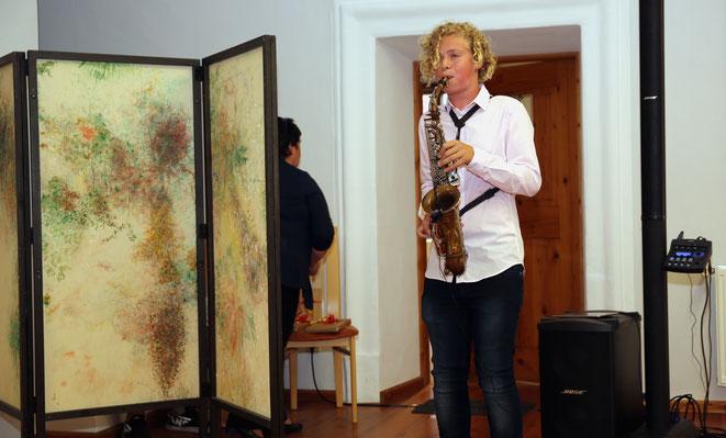 der 14-jährige Rafael Ortner entpuppte sich als ausgezeichneter Saxofon-Virtuose