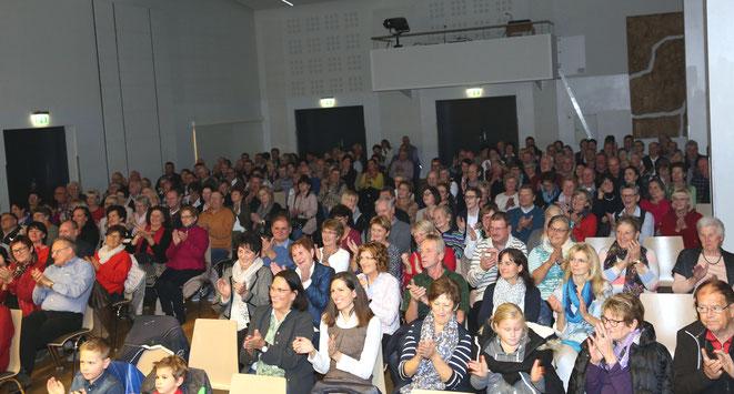 der Kultursaal war gerammelt voll