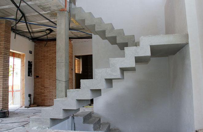 escalera en Hormigón visto