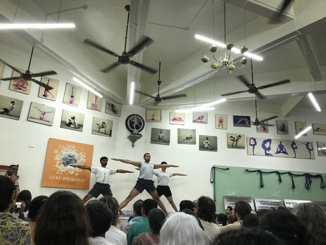 インドの本場プーネの道場の写真