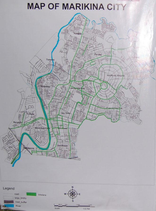 マリキナ市の自転車ロードマップ。緑の線が自転車専用路を備えた道路