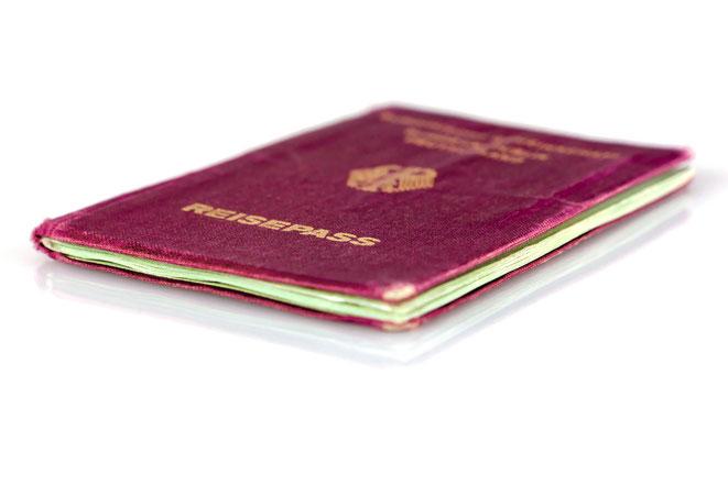Abgegriffener Reisepass, Aaden Detektei Köln | Auslands-Detektei | Auslandsdetektive