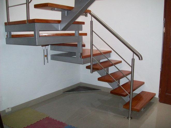 Cerrajeria ornamentacion y estructuras metalicas fa bi for Imagenes de escaleras metalicas