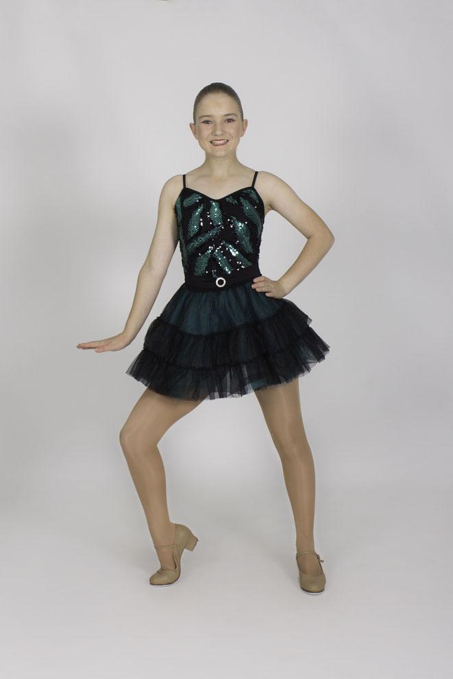 tap dancer, tap dancing, tap dance student, tap dance studio, learning tap dancing, learning to tap dance, cabaret dance, team dancer, technical dancer, best studio dancer, lead dancer, learning to dance, learning to teach dance
