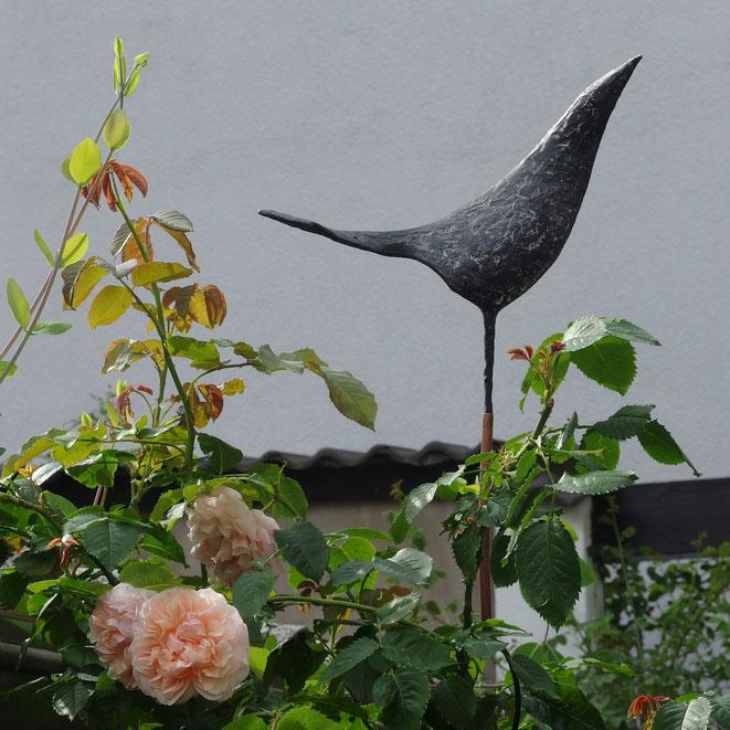 Gartenfigur Dekoration Deko Vogelfigur für Garten Resin