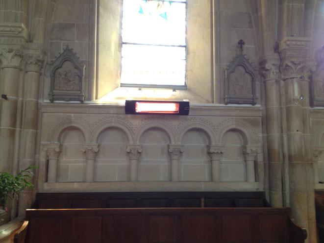 Une de nos réalisations - Eglise de Feuguerolle Bully 14 - UFO BLACK LINE - 10 appareils