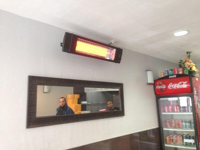 Rertaurant ALI KEBAB à CAEN - Chauffage de la salle du restaurant - UFO BLACK LINE