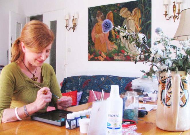 Monelle dans son atelier