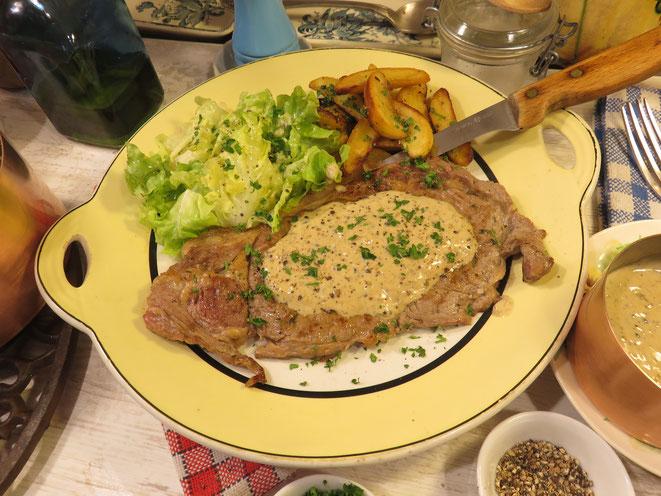 RECETTE : FAUX FILET SAUCE AU POIVRE maison, comme au restaurant -Gourmandises TV