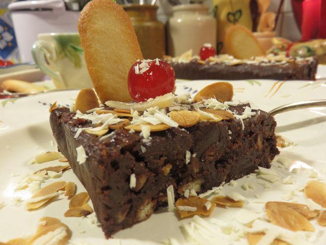 Un cake au chocolat, croustillant à souhait et sans cuisson !.. Canal Gourmandises
