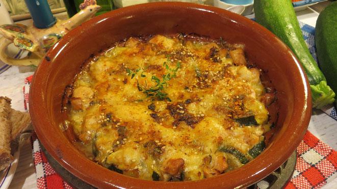 Gratin de courgettes et poulet sauce moutarde gratiné au comté Gourmandises TV