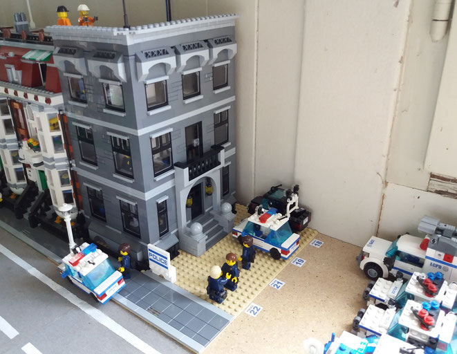 LCPD Precinct 17, Midland Road, Lego City