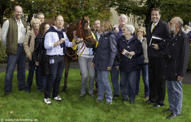 Galopp Club Süddeutschland mit Renn-Pferd