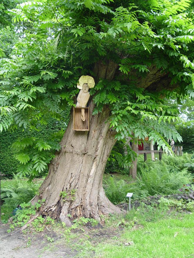 De Gegeven Tijd in de tuin van kasteel Sypesteyn