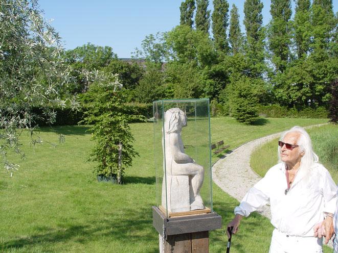 De Man der Smarten op begraafplaats Rhijnhof in Leiden 2014