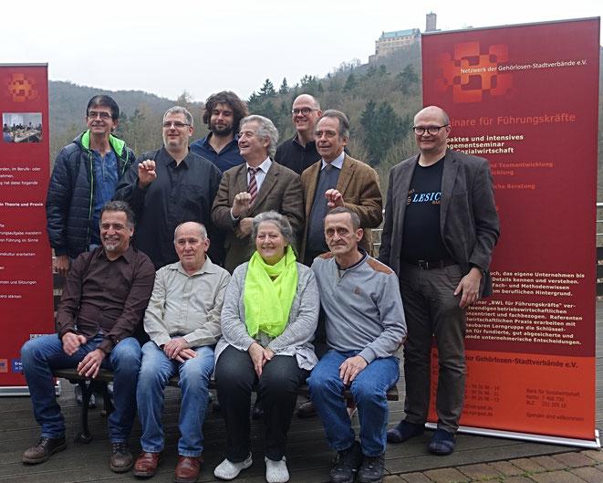 Das zweite Meeting im Rahmen eines EU-Projektes in Eisenach vor dem Schloss Wartburg