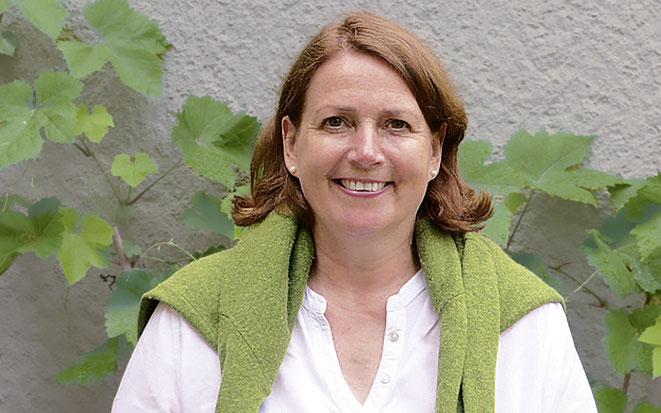 Friederike v. Drachenfels-Schliephake führt die Praxis in Bewegung in Hannover
