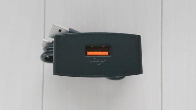 USB充電器 QuickCharge3.0 iVAPO 入力