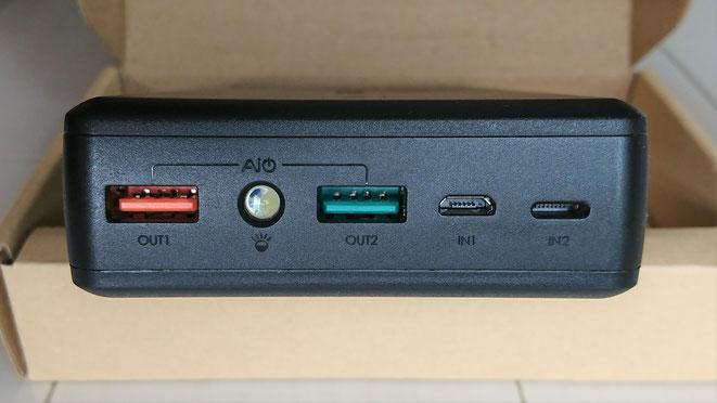 AUKEY  大容量モバイルバッテリー 30000mAh QuickCharge3.0 出力 PB-T11