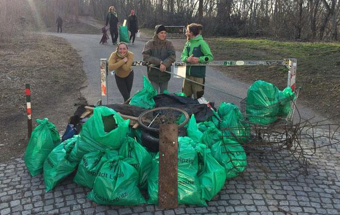 cleanup, osterns, tim turtle, explainora, frühjahrsputz leipzig, müll sammeln, umwelt