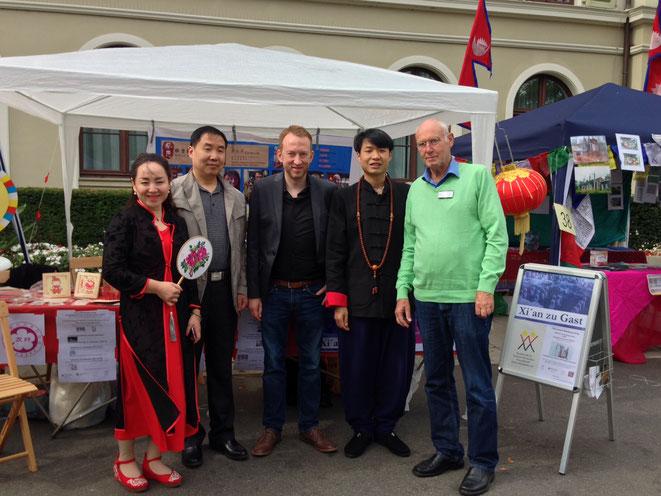 9.9.2017: Beigeordneter Majura am GDCF-Stand in Wiesbaden