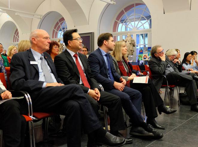 Kurt Karst, Generalkonsul SUN Congbin, Dr. Deniz Alkan, Dr. Birgit Heide, Generaldirektor Thomas Metz